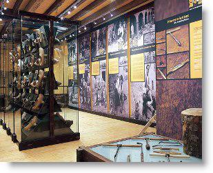 Exposición pernanente en el Museo de la Madera de Caso